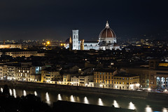 Lung'Arno dall'alto (cesco.pb) Tags: firenze arno toscana toscany notturno canon canoneos60d tamronsp1750mmf28xrdiiivcld
