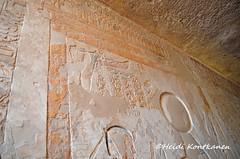 Frieze of cobras (konde) Tags: frieze cobra uraei uraeus rahorakty ramsesix kv6 valleyofthekings hieroglyphs ancientegypt hautamaalaus tomb kuninkaidenlaakso necropolis 20thdynasty newkingdom mythology deities muinainen cartouche nekhbet