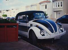 Sunset District // San Francisco (bior) Tags: pentax645nii pentax645 pentax 645 kodakfilm kodak kodaklumiere lumiere slidefilm mediumformat 120 sanfrancisco sunsetdistrict car volkswagen beetle slugbug