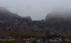 Dinorwig (norman preis) Tags: normanpreis 2018 fforio explore exploring dmeurig llanberis chwarel chwareli quarry llechi slate snowdonia dinorwig dinorwic niwl cwmwl cloud mist abandoned derelict derelicte lost closed welsh heavy industry industrial post past diwydiant cymraeg