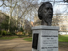 UK - London - Bloomsbury - Gordon Square Garden - Bust of Rabindranath Tagoore (JulesFoto) Tags: uk london england southbankramblers bloomsbury bust gordonsquaregarden