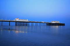 2018_05_06_0245 (EJ Bergin) Tags: sussex westsussex landscape worthing sunset beach sea seaside worthingpier seafront bluehour