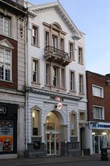 Warrington, HSBC (Clanger's England) Tags: cheshire england warrington wwwenglishtownsnet bank