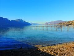 Le ponton (rhone_photos) Tags: montagnes jura savoie chaînedelepine ponton lac bourget rhônealpes eau