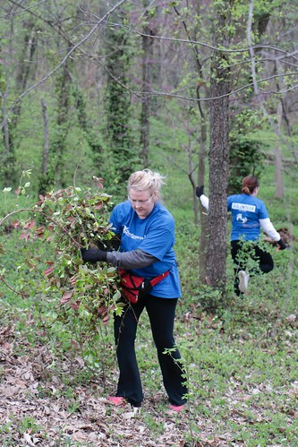 """Caleres helps to clean up Forest Park • <a style=""""font-size:0.8em;"""" href=""""http://www.flickr.com/photos/45709694@N06/33716931508/"""" target=""""_blank"""">View on Flickr</a>"""