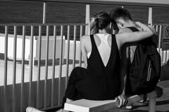Love is in the air (Nebelkuss) Tags: santorini championjetii ferry islasgriegas greekislands maregeo aegeansea bw blancoynegro blackandwhite callejeras street pareja couple fujixpro1 fujinonxf60f24
