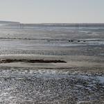 Tout en gris et bleu, plage de la jetée, Andernos-les-Bains, Gironde, Aquitaine, France. thumbnail