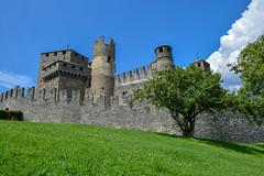 Fenis Castle 🏰 (Dimitri Gugliotta) Tags: castle castello castellodelfenis feniscastle valledaosta italia italy aostavalley