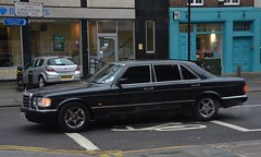 500 SEL (Sam Tait) Tags: mercedes benz 500 se sel auto automatic 50 petrol saloon sedan retro rare classic clean german black 1987 london lancaster road w123