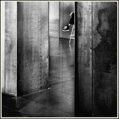 Lines & Beyond #27 (Napafloma-Photographe) Tags: 2018 architecturebatimentsmonuments artetculture aveyron bandw bw fr france kodak kodaktrix400 mã©tiersetpersonnages personnes rodez techniquephoto blackandwhite boutique monochrome napaflomaphotographe noiretblanc noiretblancfrance pellicules photoderue photographe photographie province streetphoto streetphotography muséesoulages musée pierresoulages