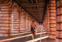 Pont de Bercy (herbdolphy) Tags: analog analogique argentique pellicule 35mm pentax p30n kodak portra paris filmisnotdead filmphotography film