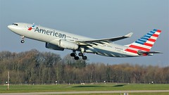 N279AY (AnDyMHoLdEn) Tags: americanairlines a330 oneworld egcc airport manchester manchesterairport 23l