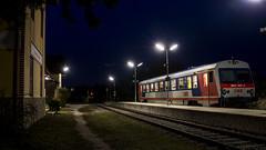 Bad Pirawarth evening departure (Albert Koch) Tags: 5047 jw jenbacher öbb badpirawarth weinviertel train railcar diesel railway evening station railroad transportation austria