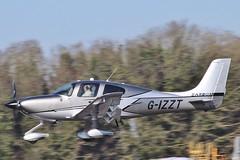 Cirrus SR-22T Carbon GTS G-IZZT landing at Kemble / Cotswold . (Bob Symes) Tags: gizzt sr22t carbongts 1714 cn1714 kemble cirrus
