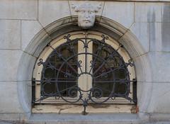 Hemels gezicht (Cheetah_flicks) Tags: plaatsen beeldendekunst belgië streetart hemelstraat antwerpen europa antwerp belgium europe