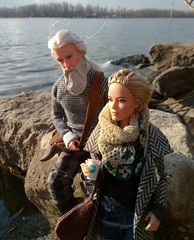 Halig and Saga, father and daughter (ArtCat80) Tags: antiope barbiecollector dumbledore family dollsphoto dollyfamily mattel harrypotter harry