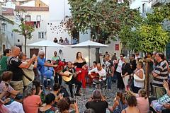 Singing fado! (Jorge Cardim) Tags: lisboa lisbon singing song musica fado portugal cores colors mouraria