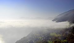 Mer de nuages au dessus du lac du Bourget (Evim@ge) Tags: mist misty fog foggy brume hiver lumière automne fall savoie lacdubourget paysage landscape outside extérieur