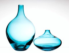 Blue Duo (Karen_Chappell) Tags: two blue white vase vases glass 2 stilllife shape shapes product colourful colour highkey