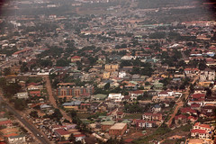Accra from the air, Ghana (inyathi) Tags: westafrica ghana accra aerialphotos flights flying cities capitalcities africa