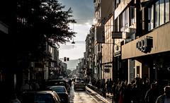 traffic in Plaka (S-Antibes) Tags: traffic chaos verkehr stadt athen plaka sunlight stau atehns greece