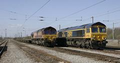 KIngmoor companions, 66 023 and 66 740. (Marra Man) Tags: dbcargo gbrailfreight class66 class660 class667 66023 66740 0v71 6a02 6c79