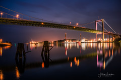 Night Bridge (Fredrik Lindedal) Tags: bridge nikon night nightshot nightlights nightphoto nightfall nighshoot reflection reflections water city cityscape cityview sweden sverige sky clouds lindedal