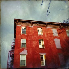 Apartment (street level) Tags: newyorkcity fireescape apartmentbuilding architecture nyc williamsburg brooklyn
