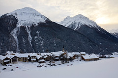 Guarda (Simoniini) Tags: guarda engadin bündnerland graubünden alps mountains snow winterwonderland switzerland