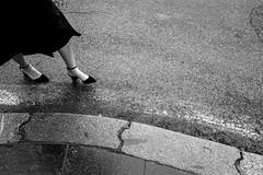Rome, Italy 2018 (Lucio Frabotta) Tags: leicaq woman bw persone people leica roma rome street streetphotography streetlife italia italy blancoynegro photography summilux biancoenero monochrome blackandwhite noiretblanc monocromo monocrome mono