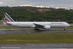 Air France Boeing 777-300 F-GSQY (Rodrigo Bertoli) Tags: airfrance boeing boeing777300 fgsqy rec recife sbrf aeroporto aircraft airport aviacao aviao aviation