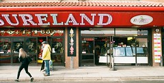 12a Whitby Pleasureland (I ♥ Minox) Tags: film 2019 fuji superia fujicolorsuperia fujicolor 200asa c41 olympus olympusom2n om2n om2 olympusom2 om2709 whitby northyorkshire