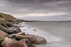 Rocks - Lerskrænten, Ejsingholm Strand (dsuntharamo) Tags: beach rocks landscape denmark dänemark longexposure langzeitbelichtung strand