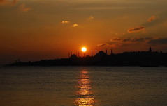 sunset in istanbul (meren34) Tags: istanbul sunset horizon sun red sky sea cloud siluettes