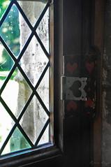 A window for Valentine's day (DameBoudicca) Tags: france frankreich frankrike francia フランス normandie normandy normandía normandia ノルマンディー chatêaumartainville martainvilleepreville martainville château castle slott schloss renaissance renässans renacimiento rinascimento ルネサンス window fönster fenster fenêtre ventana 窓 heart hjärta herz cœur cuore corazón ハート