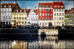 Nyhavn (Jean-Louis DUMAS) Tags: hdr danemark eau water colors couleurs trip travel voyage reflecting réflection reflets canal maisons copenhague