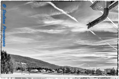 Le Sentier, Lac de Joux (Stefano Procenzano) Tags: lechenit vd svizzera ch lesentier lacdejoux lac lago lake nikon nikond600 d600 cantonvaud zeissmilvus50mmf14distagon zeiss milvus1450 zf2 milvus 50mm f14 50mmf14 manualfocuslens mflenses blackandwhite noiretblanc biancoenero nb bw monochrome blackwhitephotos silverefexpro2 bwartaward