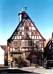 Historisches Rathaus in Bergen 1979_tx (said.bustany) Tags: bruchköbel hessen 1979 scan rathaus bergen enkheim