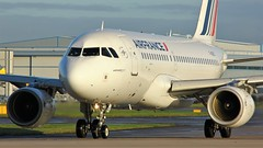 F-GRXC (AnDyMHoLdEn) Tags: airfrance a319 skyteam egcc airport manchester manchesterairport 23l