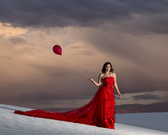Analesa at White Sands (Mitch Tillison Photography) Tags: beautiful stunning lovely red dress balloon whitesands sunset fashion glamour editorial photo photography model outdoors gorgeous nikon mitchtillison godox d5 tamron 70200