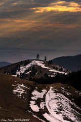 The last sun rays of the day (Ioan Todor. Photography's) Tags: clouds cloudy rays sun sunrays sunset warm colors trails hiking trees forest hills transylvania romania eastern europe valley ridges