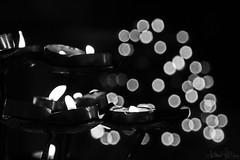 Spreco di cera (antoniomolitierno) Tags: candele preghiera fiamma cera chiesa devozione speranza duomo bianco nero candles prayer flame wax church devotion hope cathedral white black firenze toscana italia florence tuscany italy canon eos 760d