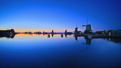 Zaanse Schans deep blue HDR (l.cutolo) Tags: silkywater dutchlandscape sony ngc bluehours silkycould village tlp worldtrekker on1raw netherlands blue windmills aperture landscape zaandam oldtowns hdr water dusk longexposure lights sonya7iii lucacutolo flickr millscape zaanseschans sonyfe1635mmf28gm