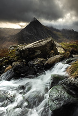 Tipped off (Gareth Mon Jones) Tags: snowdonia mountains river wales
