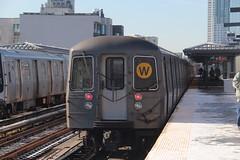 IMG_4583 (GojiMet86) Tags: mta bmt nyc new york city subway train 1988 r68a 5094 36th avenue