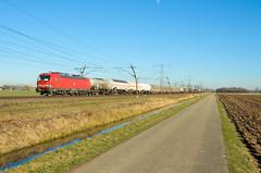 DB Cargo 193 320, Angeren (Sander Brands) Tags: trein treni train treno trenuri trenuro traktion züg güterzug rail railfanning d7000 db dbc cargo nikon nederland strecke siemens spotten shuttle sun sky vectron uc unit br betuweroute