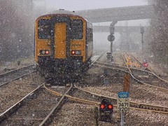 Sprinter in the Snow (The Walsall Spotter) Tags: northernrail meadowhallinterchangestation class150 class1502 firstgenerationsprinter 150276 ukmultipleunits