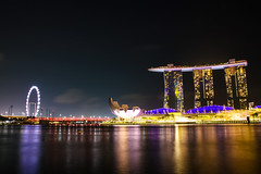 Nightscape on Marina Bay (Synghan) Tags: marinabay marina bay marinabaysands night nightscape midnight singapore artificial longexposure photography horizontal outdoor colourimage fragility freshness nopeople foregroundfocus adjustment interesting awe wonder southeastasia reflection lighteffect travel destination attraction landmark local regional tourism journey dark canon eos80d 80d sigma 1750mm f28 ex dc os 싱가포르 야경 마리나베이샌즈 마리나베이 밤풍경 landscape seascape