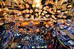 MORROCO, échoppe à Chefchaouen (Fujjii images) Tags: maroc chefchaouen boutique grandangle d800 médina maghreb rif samyang wideangle 14mm échoppe souk