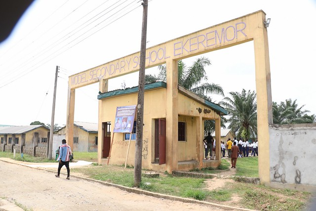 HSDickson - Gov Dickson at Ekeremor Model Secondary School 15-01-2019